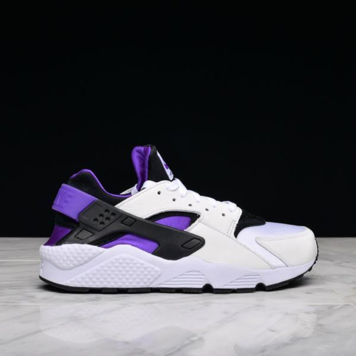best website eb616 40a95 NIKE AIR HUARACHE RUN `91 QS
