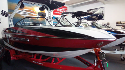 2017 Moomba CRAZ (22') with AUTO WAKE (in stock now!!!!)