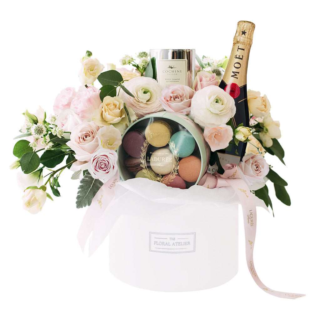 Ladurée Pamper Box with Cochine Candle & Moët