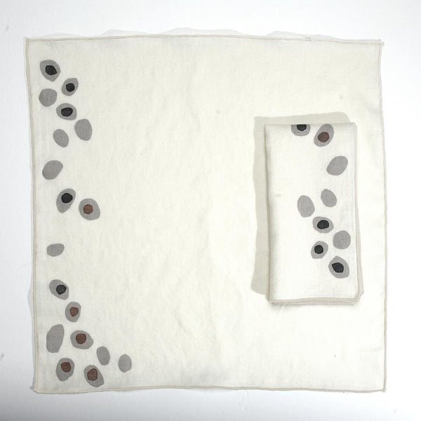 Set of 2 Pebbles Linen Dinner Napkins - Juniper & Scout
