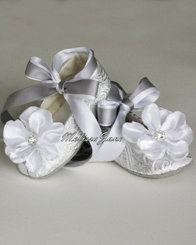 Baby & Toddler shoes - Flower Girl Ballet Flat - Easter Ballet Slipper - Silver and White Metallic Brocade - Baby Shoes - MelissaJane Designs