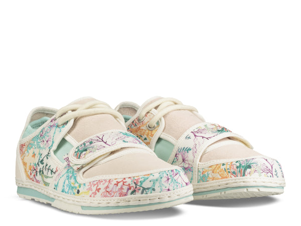 Womens Low Liberty Canvas