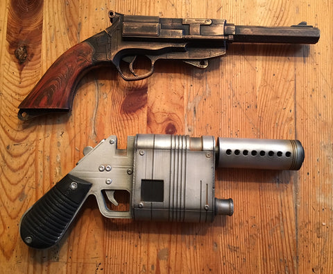 Reys blaster in The Force Awakens and Mal's gun