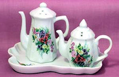Porcelain Teapot Salt and Pepper Set