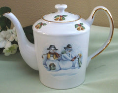Classic Teapot Folk Art Snow People
