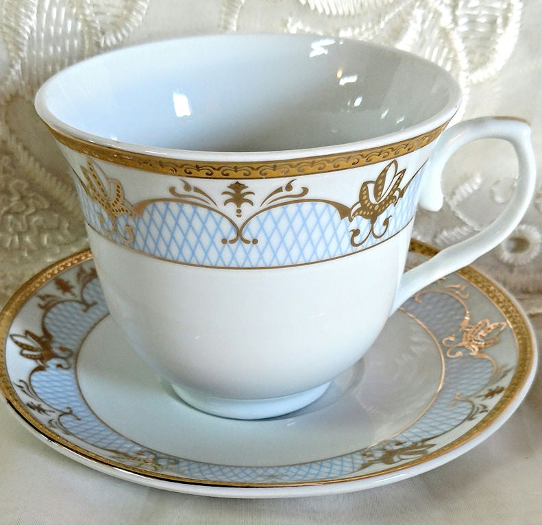 Cassandra blue and gold wholesale tea cups and saucers