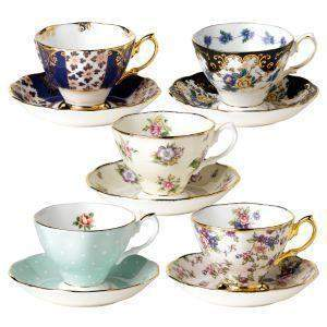 1900-1940 Royal Albert Teacups - Roses And Teacups