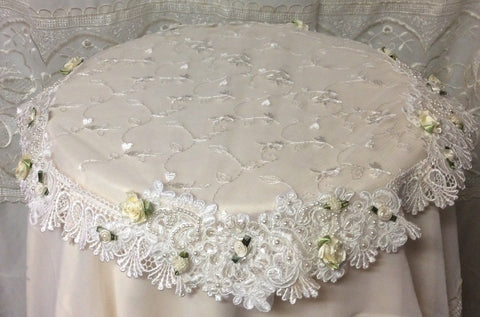 Beaded Lace Small Table Topper Ivory - Roses And Teacups