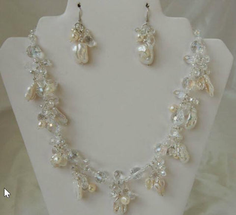 Bridal Pearls Necklace and Earrings F111-Roses And Teacups