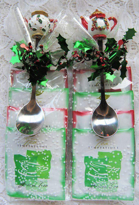 Christmas Teapot Spoon Favor - Wreath - Roses And Teacups