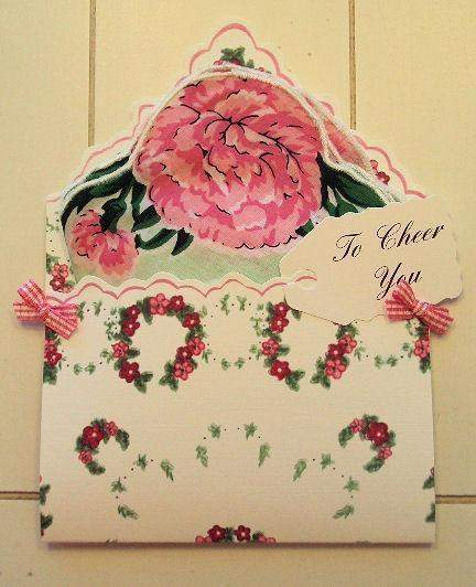 F1591 To Cheer You Hankie Folio - Roses And Teacups