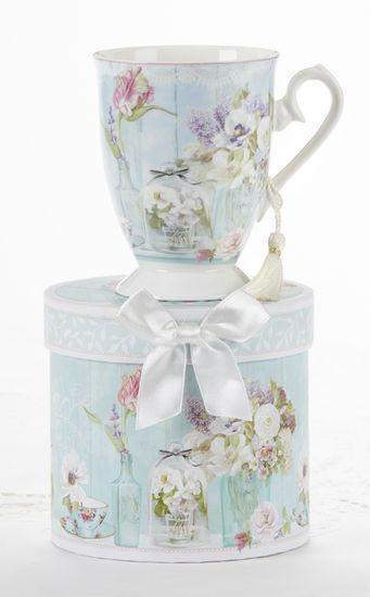 Gift Boxed Porcelain Mug with Tassel - Tea Garden - Roses And Teacups