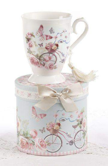 Gift Boxed Porcelain Mug with Tassle - Bicycle with Butterflies - Roses And Teacups