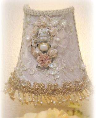 Gilded Opulence Night Light - Roses And Teacups