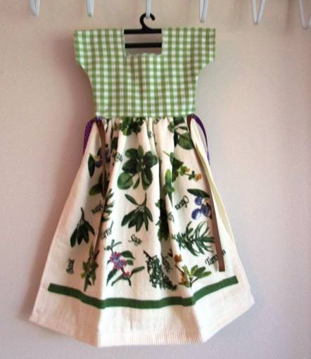 Heavenly Herbs Kitchen Oven Dress Towel - Only One Available! - Roses And Teacups