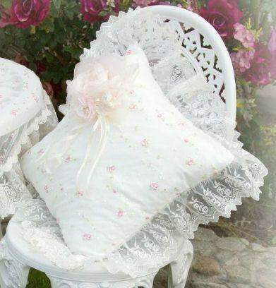 Light Ivory Everyday Accent Pillow - Roses And Teacups
