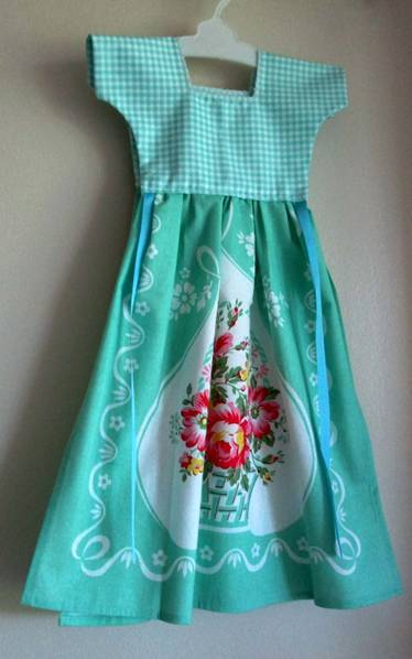 Mint Green Kitchen Oven Dress Towel - Only One Available! - Roses And Teacups