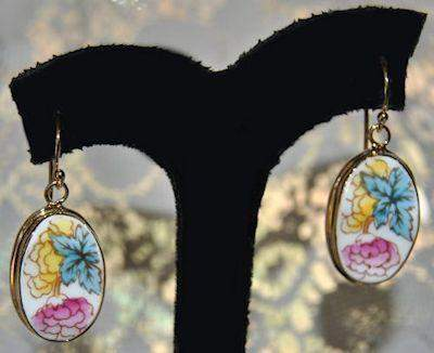 Oval Flower China Earrings GOLD - Roses And Teacups