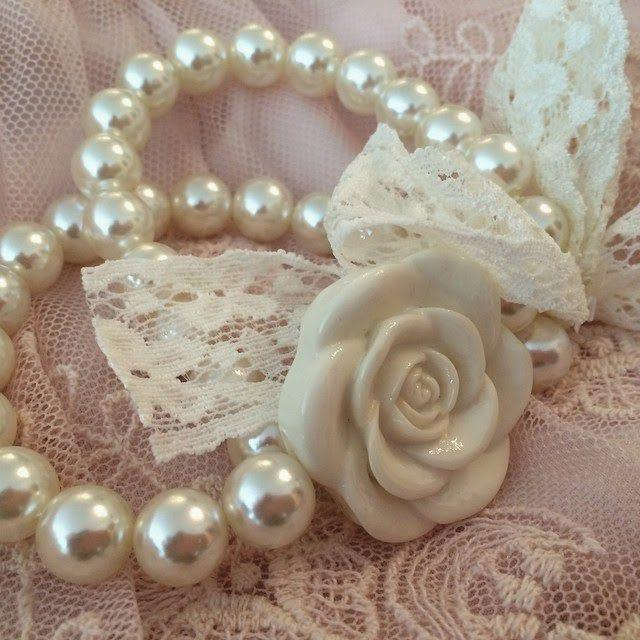 Pearls and Rose Bracelet - Roses And Teacups