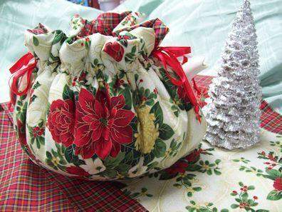 Poinsettia and Plaid 6 Cup Cozy - Roses And Teacups