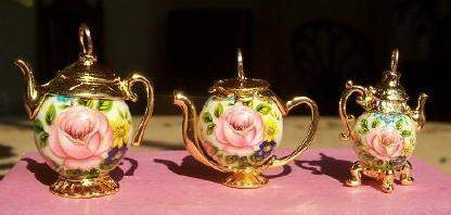 Small Gold Vermeille Pink Rose Bead Teapot Charm - Roses And Teacups