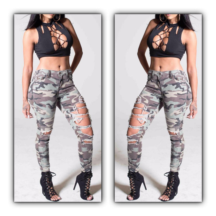 Camo Cut Out Distressed Jeans - The House of Stylez
