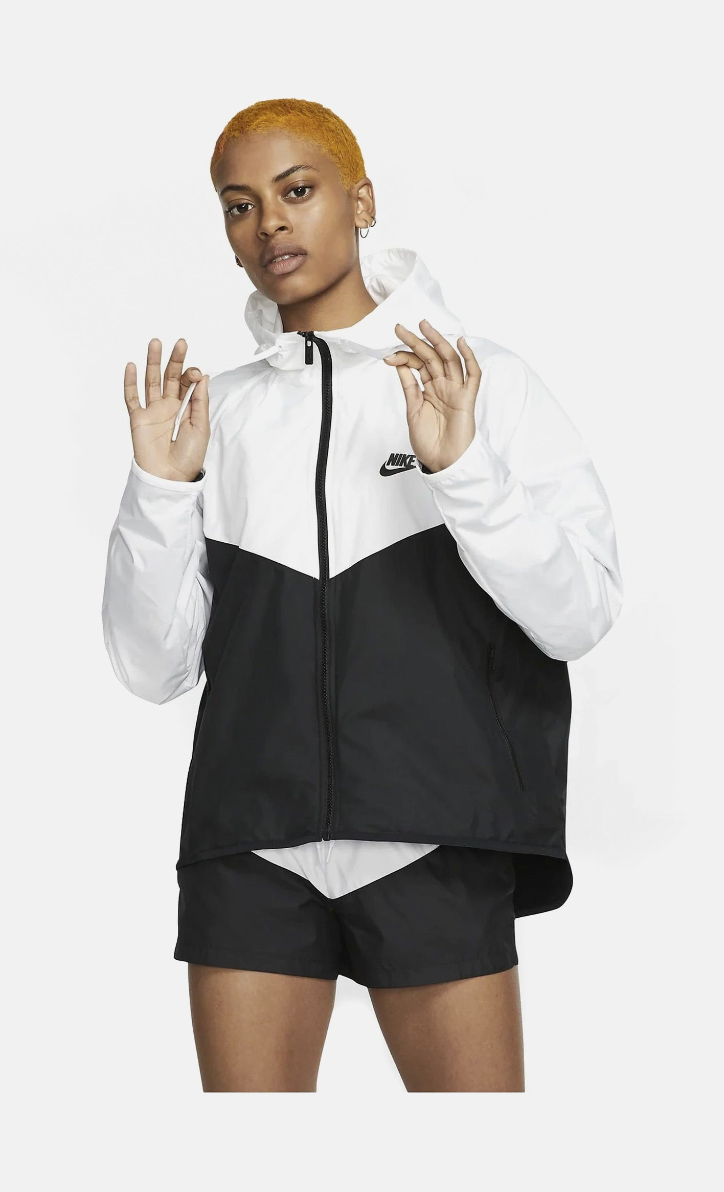 Sportswear Womens Windrunner Jacket (White/Black)