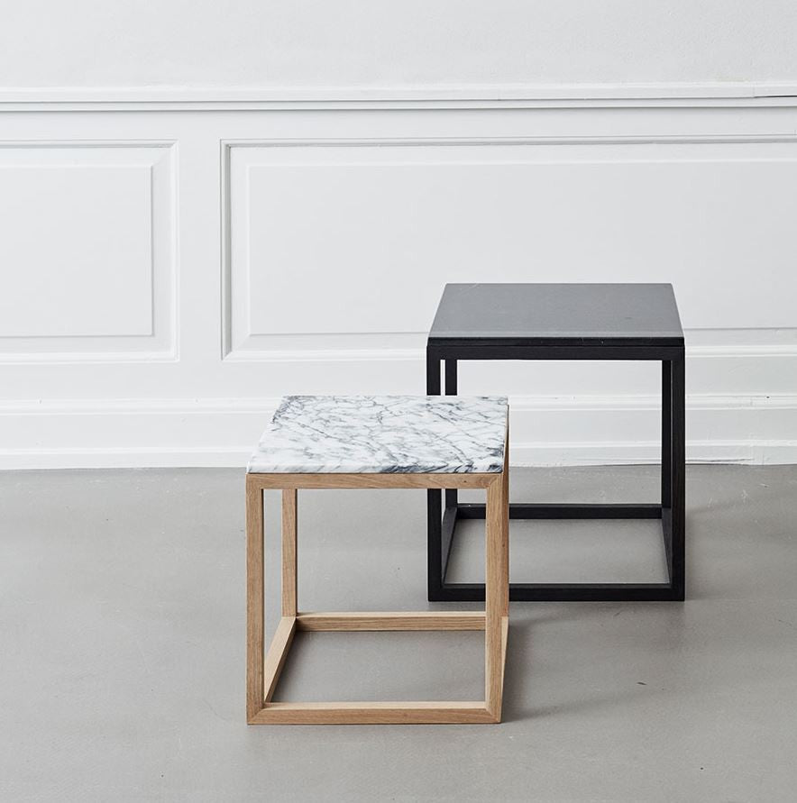 CUBE table- Natural/Black marble