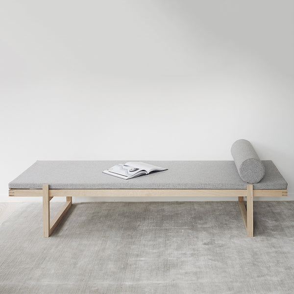 Minimal Daybed, Natural Oak & Fabric