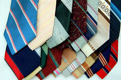 220 VINTAGE Ties Polyester 70S NECKTIE Quilting/Wear Art Craft TIE LOT STRIPED