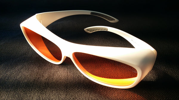 ORANGE LENS Melatonin Onset Eyewear frame 51W WHITE Fit-Over Style MEDIUM
