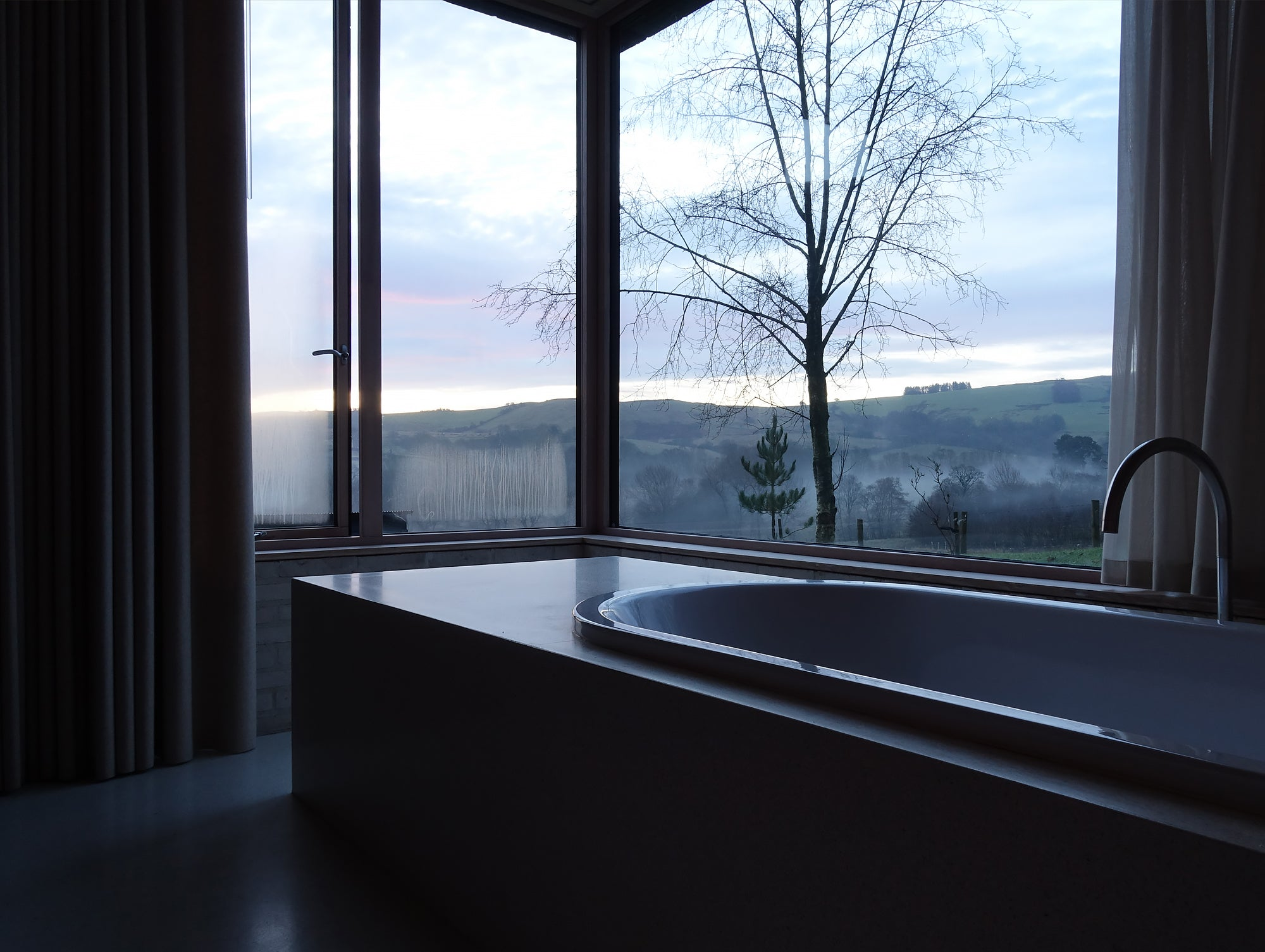 John Pawson's Life House morning bath