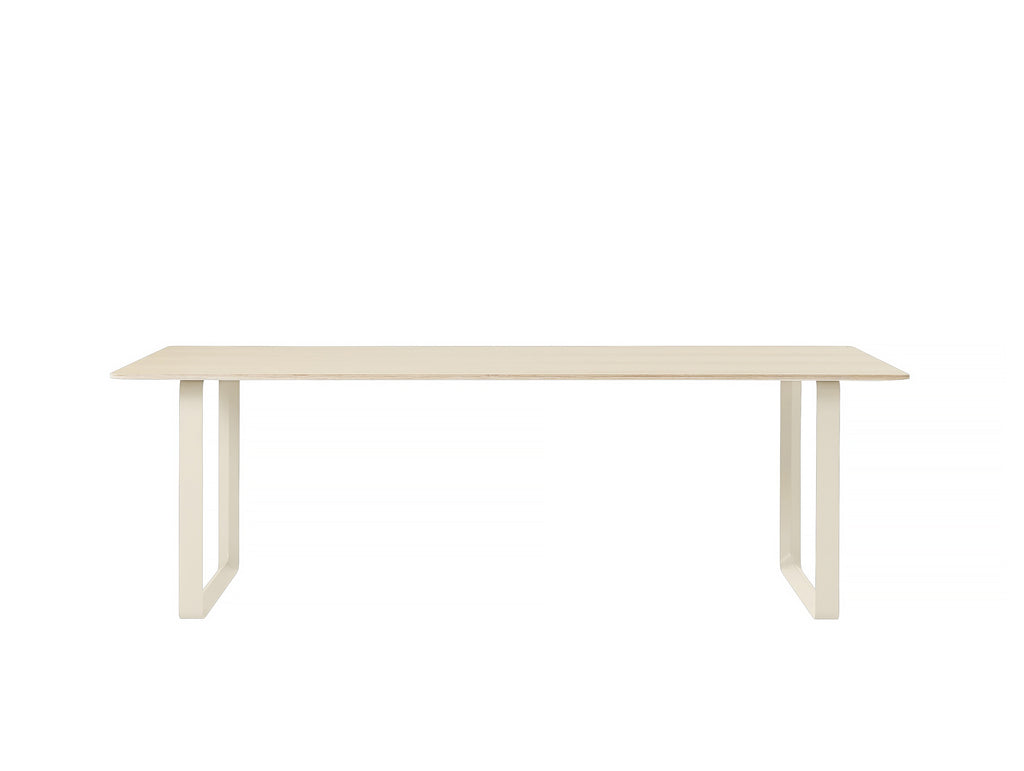 Muuto 70/70 Table Oak Top / Sand Frame / 225 x 90 cm