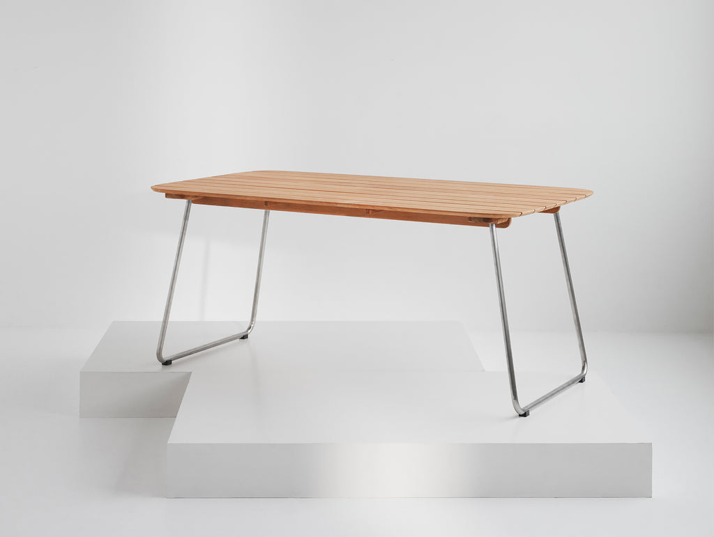 Lilium Table by Skagerak