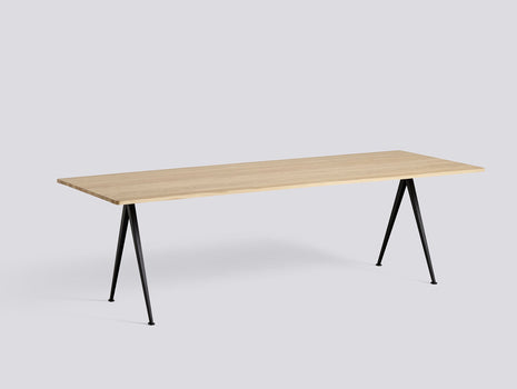 Pyramid Table 02 - Fast Track