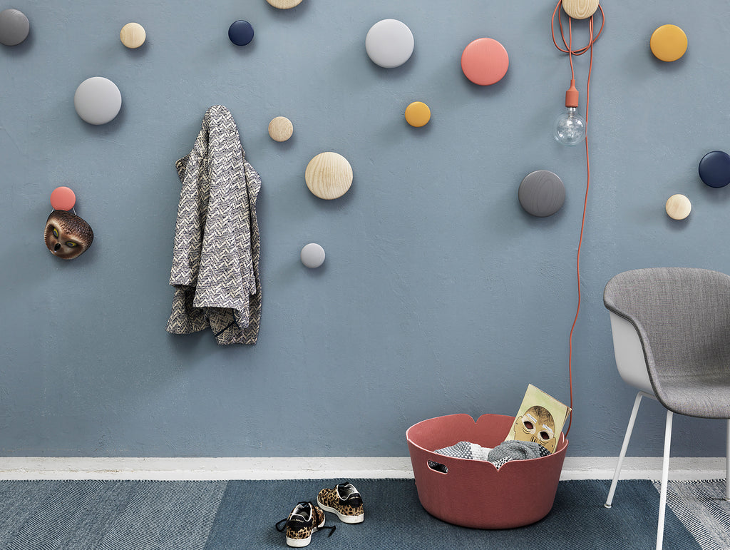 the dots coat hooks by muuto really well made. Black Bedroom Furniture Sets. Home Design Ideas