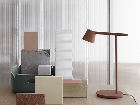 Copper Brown Tip Table Lamp by Muuto