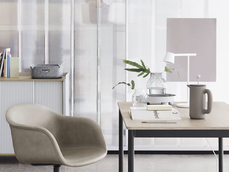 White Tip Table Lamp by Muuto