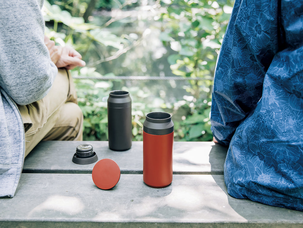 Travel Tumbler vacuum flask by Kinto - Red