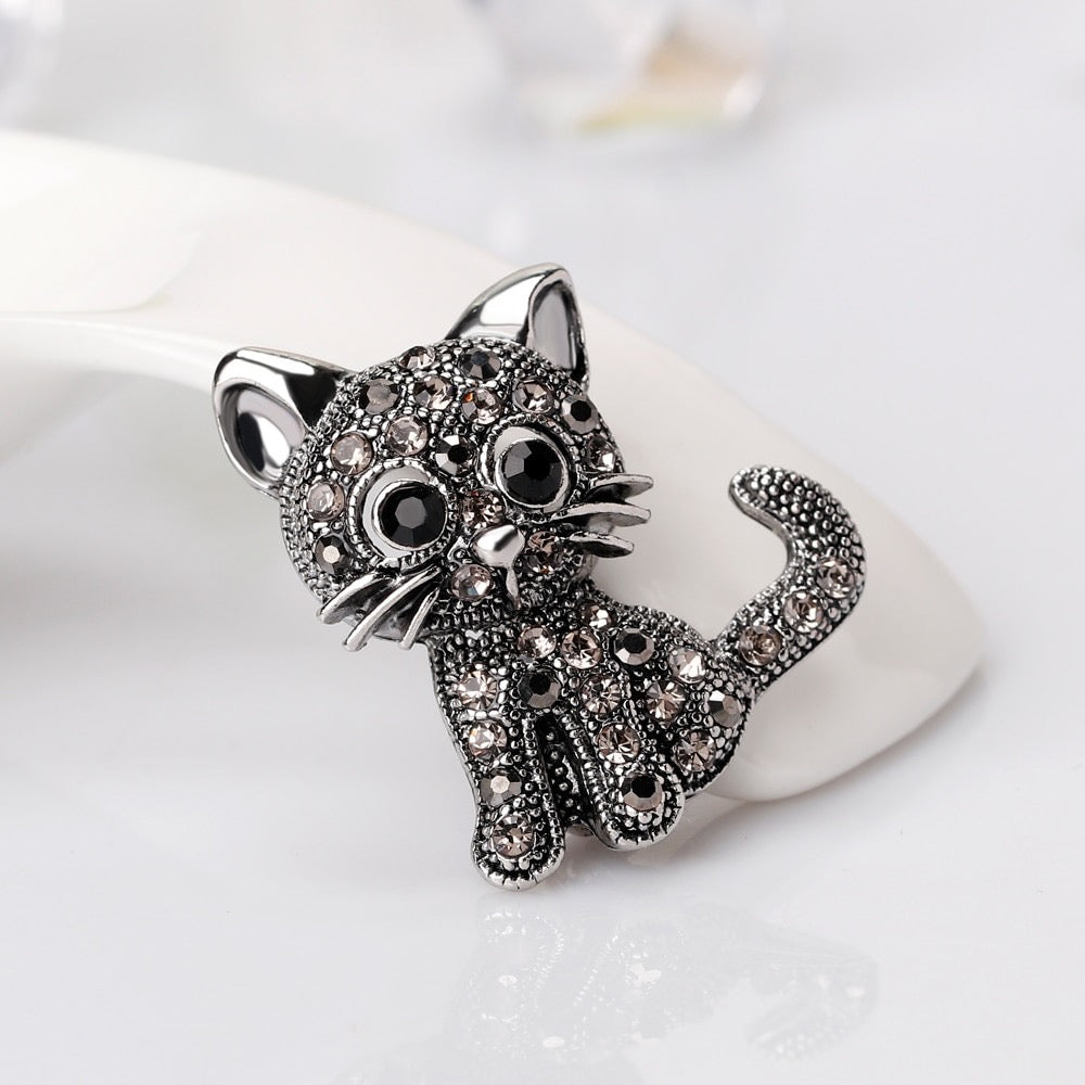 Vintage Look Cat Brooch