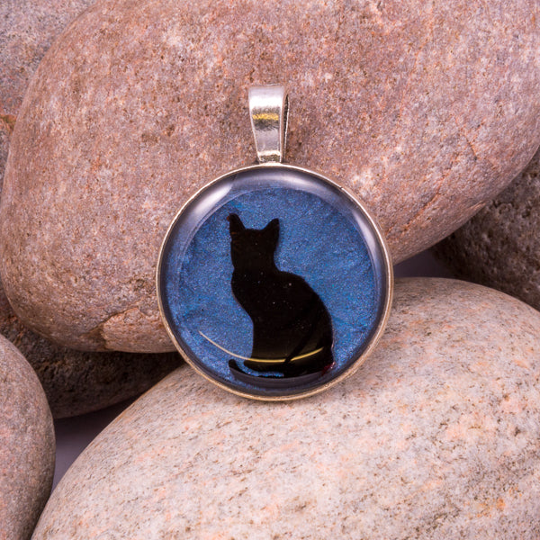 Handcrafted Bespoke Curious Cat Pendant; set in silver effect metal bezel.| Jabbawocky Crafts (jabbawockycrafts.co.uk)