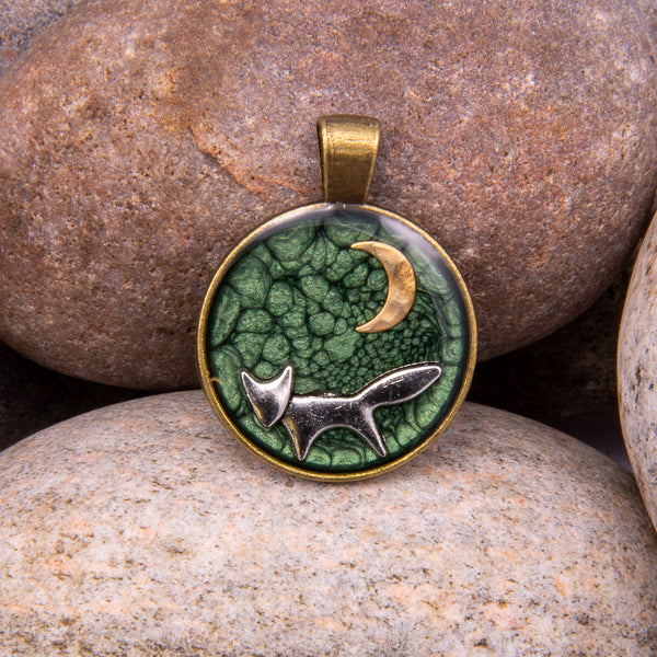 Handcrafted Bespoke Forest Fox Pendant; set in Bronze Effect metal bezel.| Jabbawocky Crafts (jabbawockycrafts.co.uk)