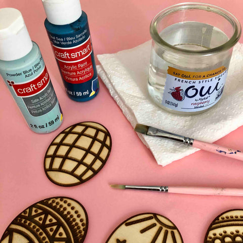 acrylic paint paintbrushes diy project easter eggs