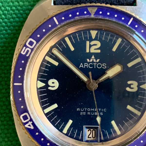 Arctos Blue Diver With Date