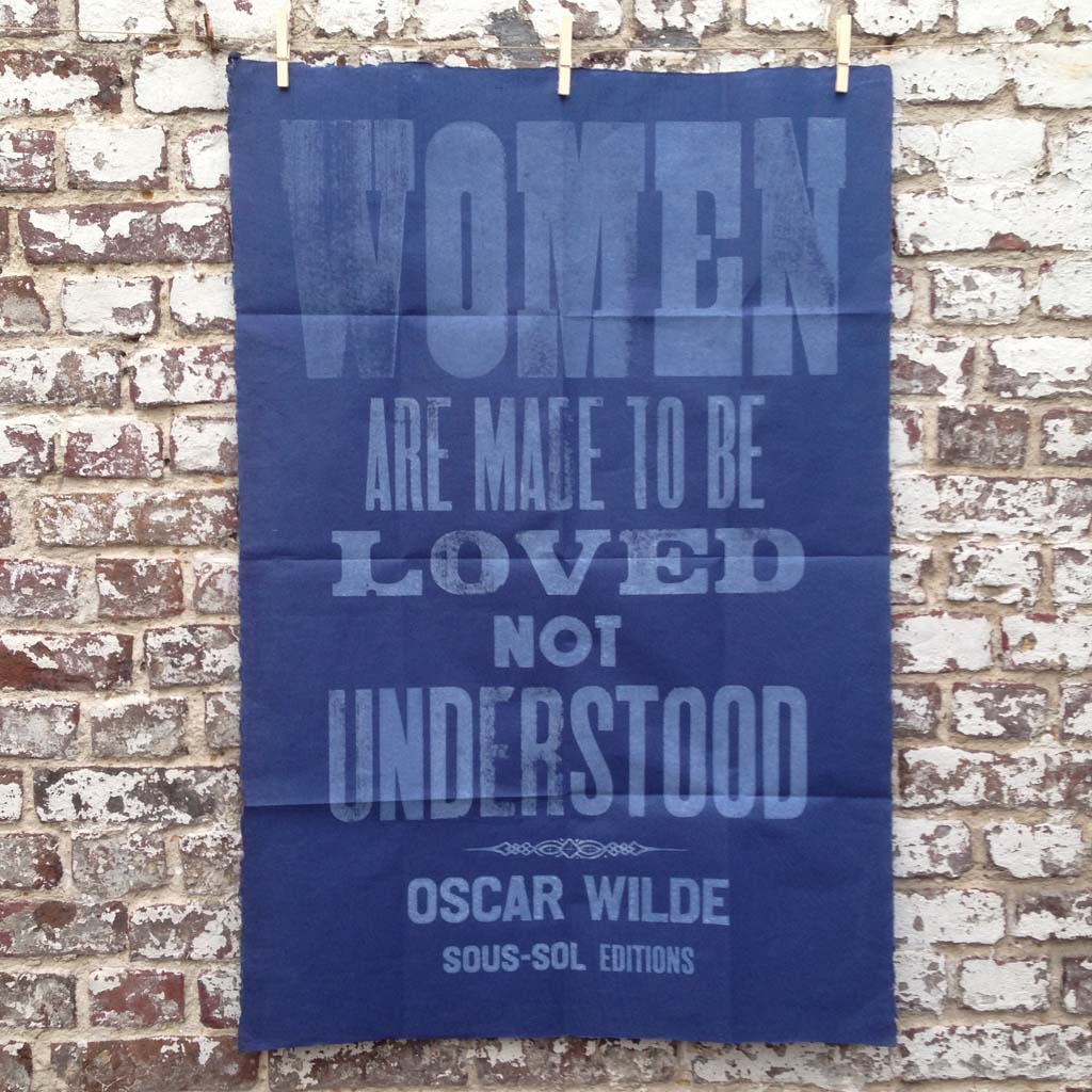 Women are made to be loved (blue)