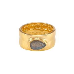 La Vie en Rose, Ryan Hammered Band Ring Gold Labradorite