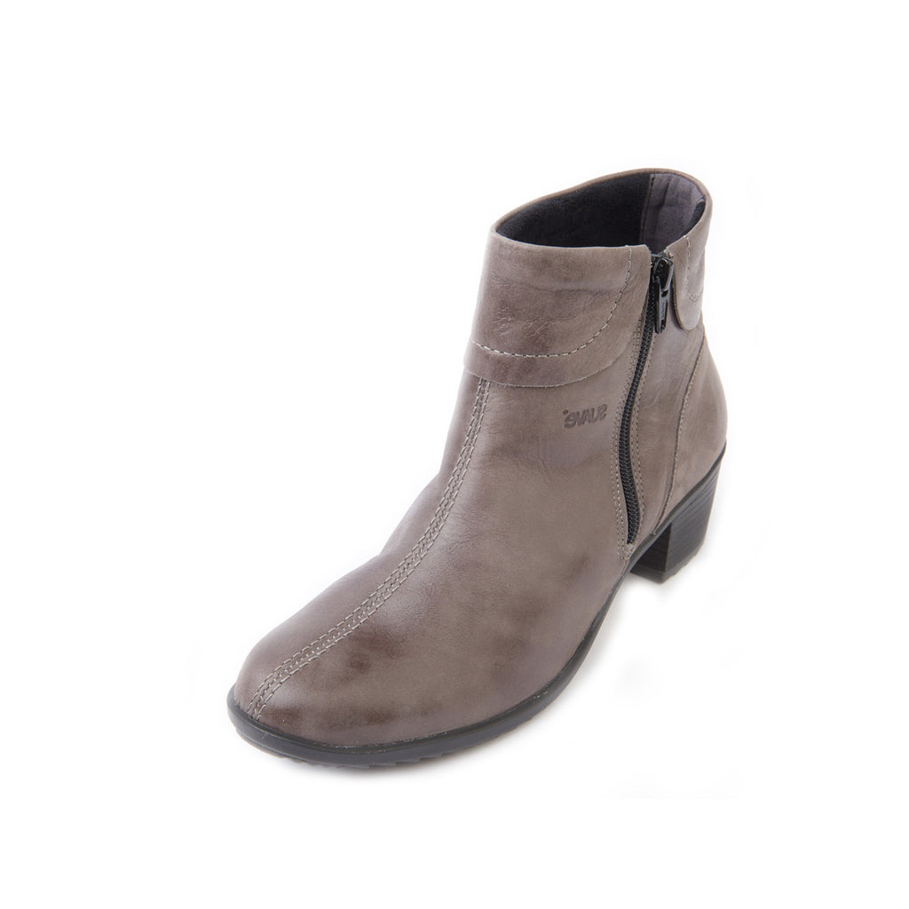 Shoes by Suave, Women's Leather Boot