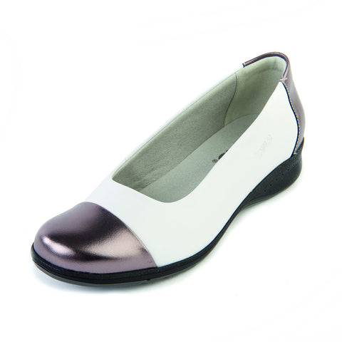 Beth - White Pewter Shoe