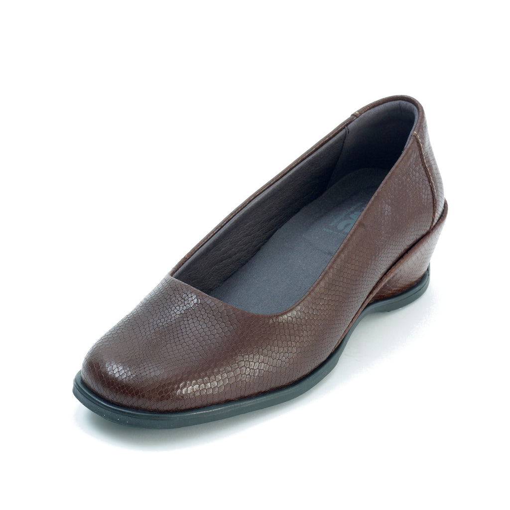 Saskia - Brown Croc Leather Shoe