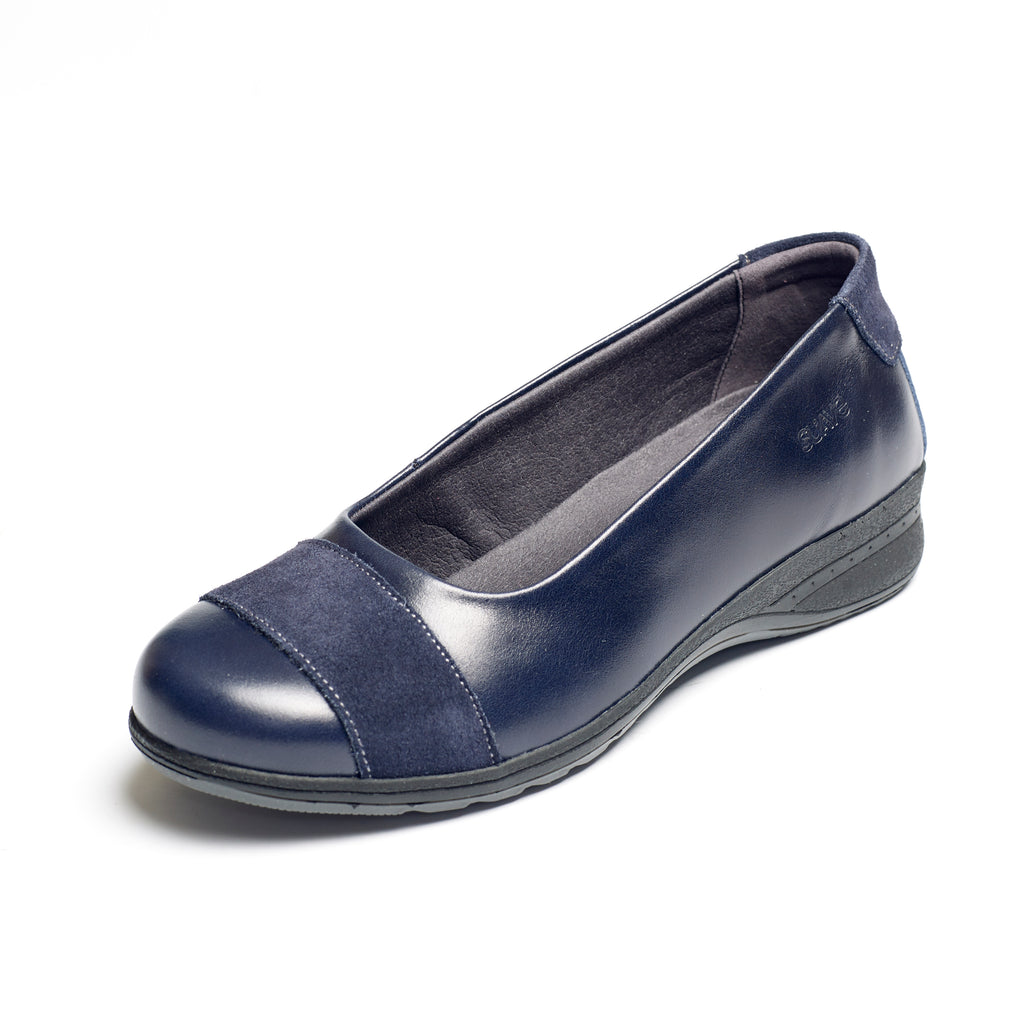 Bethany - Navy Leather Shoe